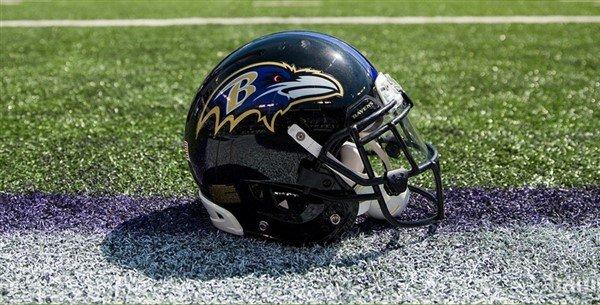 Photo of Ravens Pass on Signing Kaepernick, Choose Arena Football Quarterback Instead