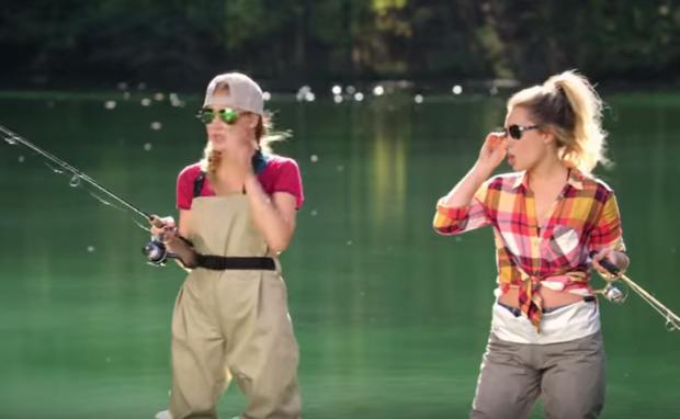 Photo of Maddie & Tae – Shut Up And Fish [Video]