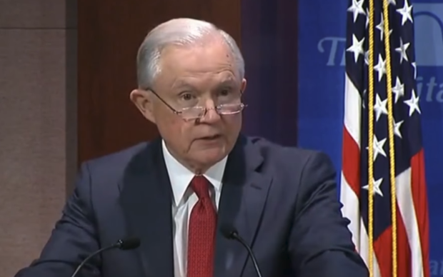 Photo of Sessions Asks Supreme Court To Let Sanctuary Penalties Take Effect