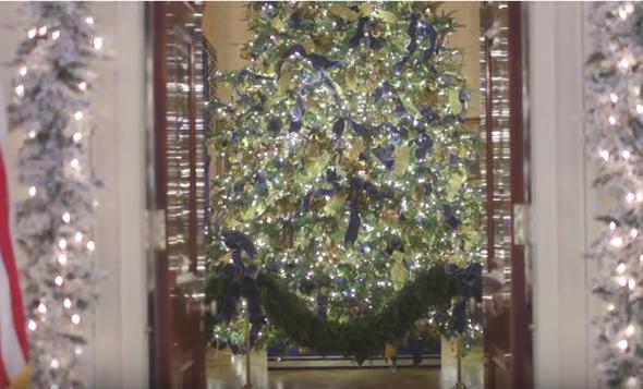 White House Christmas Tree blue room