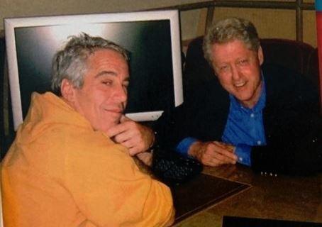 Photo of Bill Clinton Spokesman Says Former President 'Never' Went To Jeffrey Epstein's Pedo Island, Despite Accuser's Statement